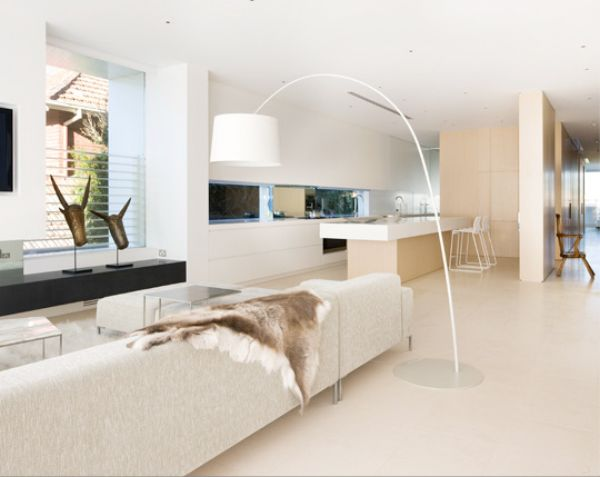modern-and-luxurious-white-penthouse-interior-
