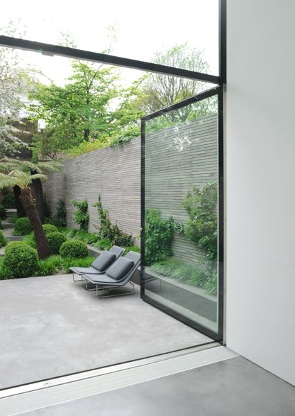 Contemporary Outdoor Living With Plants and Timber