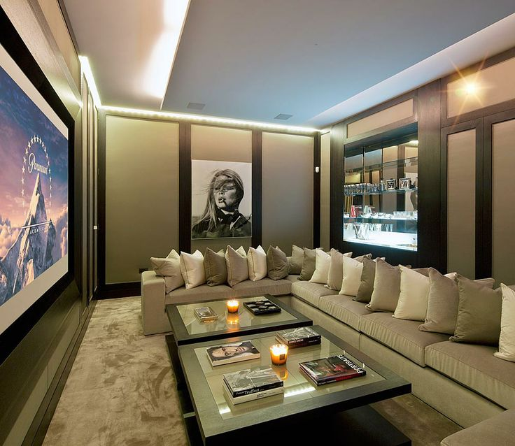 Great ideas for furnishing your home theatre destination for Theatre room furniture