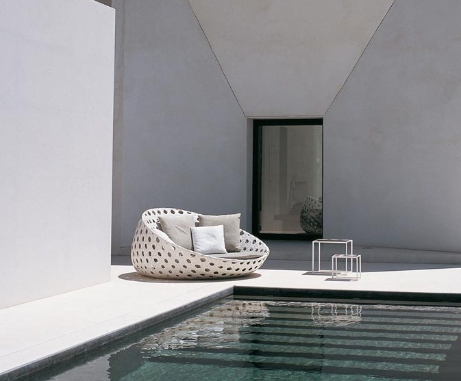 5 - Minimal concrete pool & lounge