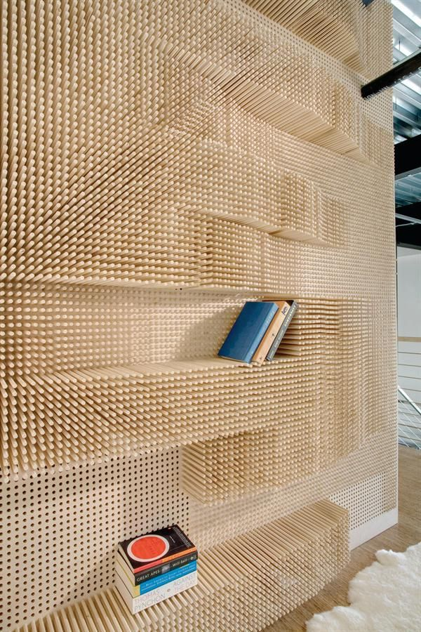 17 peg wall book shelf