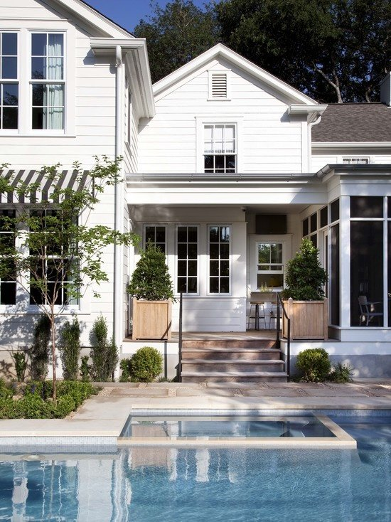 Interior design hamptons style destination living for Hampton style homes