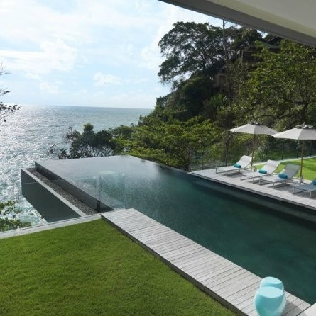 9a cantilever infinity pool