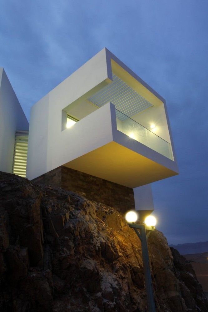 6 cantilever room