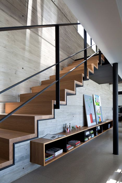 4 concrete wall timber stair
